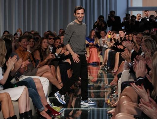 Nicolas-Ghesquiere_s-Louis-Vuitton-Cruise-2015-Show-In-Palais-Princier_-Monaco-